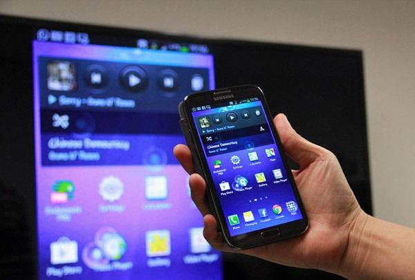 Come visualizzare lo schermo del telefono al computer con Screen Mirror